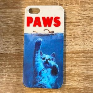 FREE w/Purchase🤗 iPhone 5 Jaws/Paws Phone Case